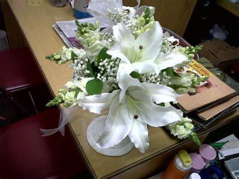 bunga tangan wedding lily toko bunga  purwokerto