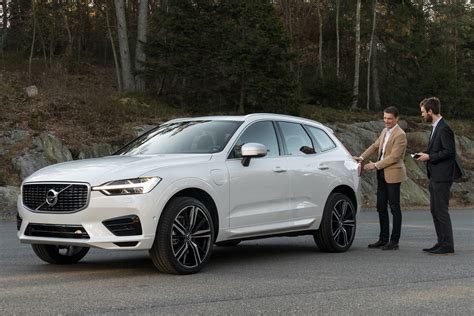 new volvo cx60 volvo xc60 2017 suv revealed official pictures auto