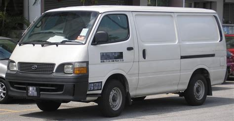 Toyota High 2004 Toyota Hi Ace Photos Informations Articles
