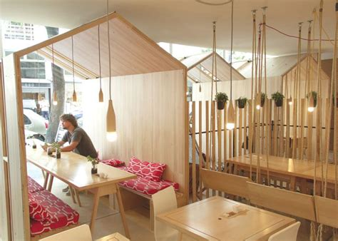 cantanti swing fiii house cafe by 205 ris cantante features swing seats