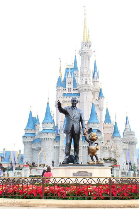 family guide to mickey s very merry christmas party