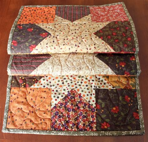 thanksgiving table runner quilt patterns 81 best images about thanksgiving quilts crafts on