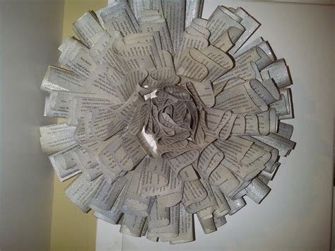 How To Make Paper Wreaths - paper wreath 183 how to make a paper wreath 183 papercraft on