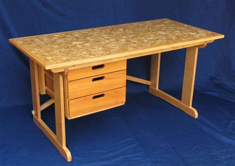 Build A Wood Desk Top Quick Woodworking Projects Build Student Desk