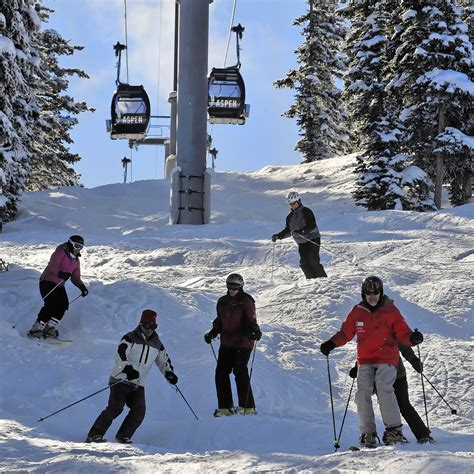 Aspen Mba by Baby Boomers Get New Mba Degree On The Slopes Of Aspen