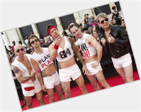simple plan official website taking one for the team simple plan official site for man crush monday mcm