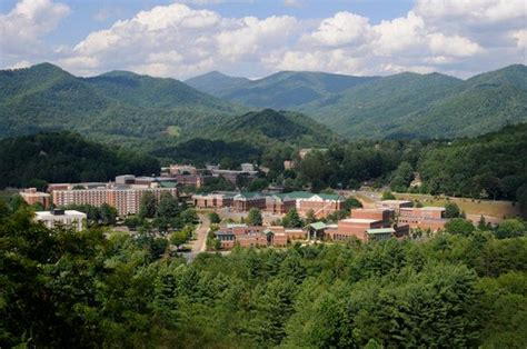 Western Carolina Mba by Best 25 Western Carolina Ideas On
