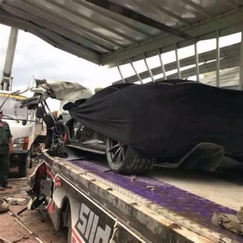 p1 crash mclaren p1 damaged during truck crash in cambodia carscoops