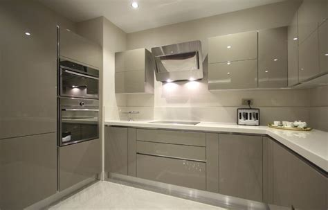 high gloss acrylic kitchen cabinets 25 best ideas about high gloss kitchen cabinets on