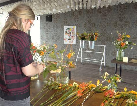 bloomon bloemen schoonmaken inspiratie bloemschikken met bloomon interieuradvies