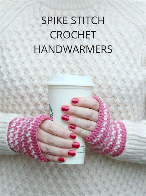 Stitch Handwarmer spike stitch crochet handwarmers pattern crochetholic