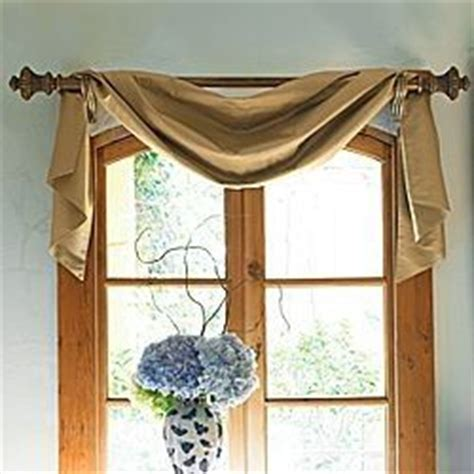 how to hang scarf curtains video 25 best ideas about scarf valance on pinterest curtain