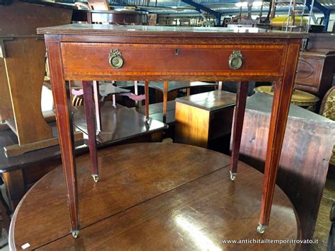 scrivanie piccole dimensioni piccole scrivanie scrivania classica in legno with
