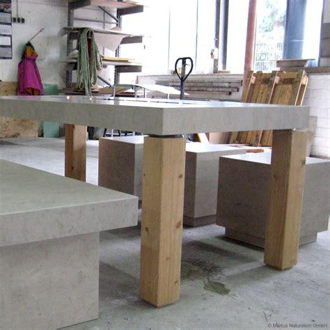 garten sitzgruppe naturstein garten sitzgruppe tisch bank und 3 hocker