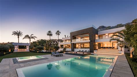 Luxury Homes Marbella Stunning 6 Bedroom Luxury Villa With Sea Views In Blanca Marbella For Sale