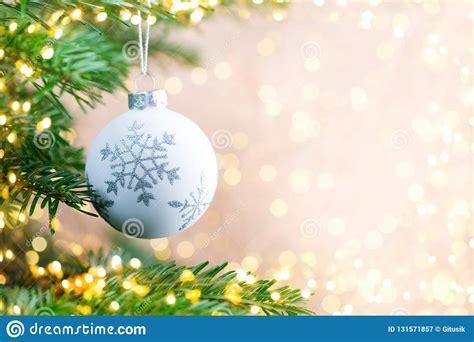 christmas tree  bokeh background christmas greeting