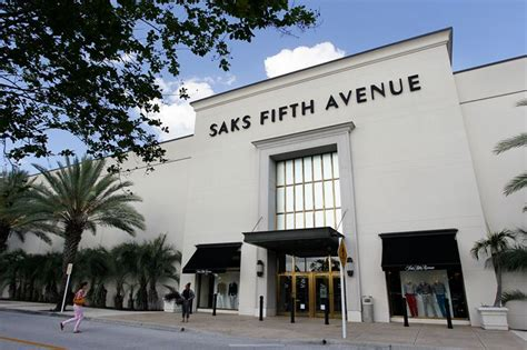 Saks Fifth Avenue Gift Card Value - email saks fifth avenue digital gift card