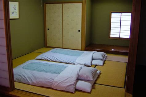 How To Make A Japanese Futon by The Basics About Futons Ideas 4 Homes