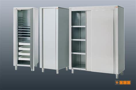 armadio ripostiglio armadio ripostiglio idee per il design della casa