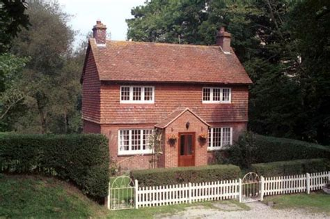 large cottages to rent in east sussex