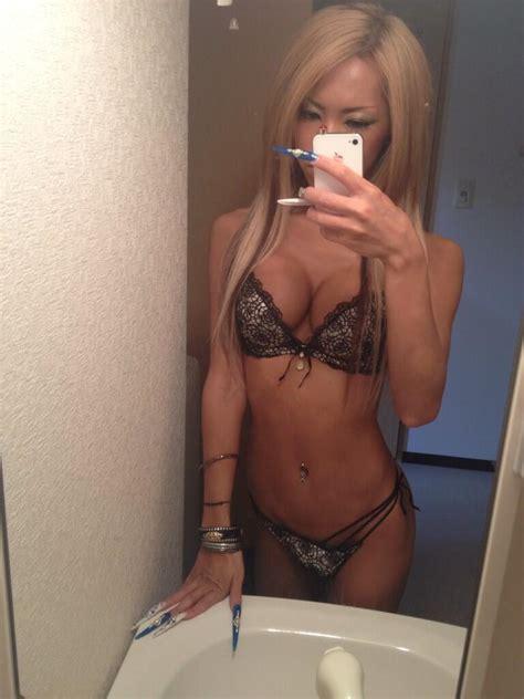 bathroom tranny freya car flashing sex porn images
