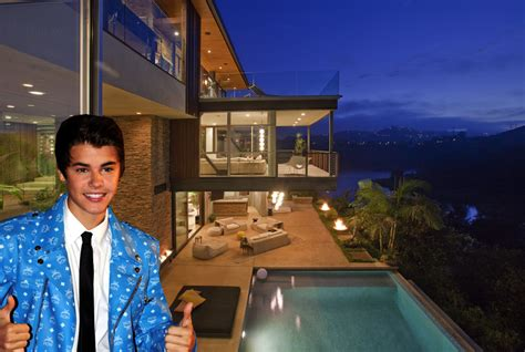 justin bieber buys house justin bieber reportedly buys 10 8 million mansion pricey pads