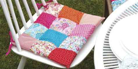 Free Patchwork Patterns For Cushions - free sewing patterns patchwork cushions for garden chairs
