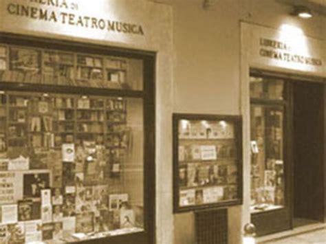 libreria cinema la libreria di cinema teatro musica a bologna libreria