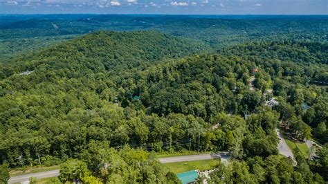 Own A Of Paradise by 3 47 Acres In The Gated Lake Cumberland Resort Ky Own