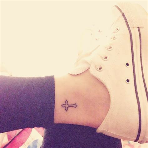 cross tattoos ankle 25 best ideas about inside ankle tattoos on