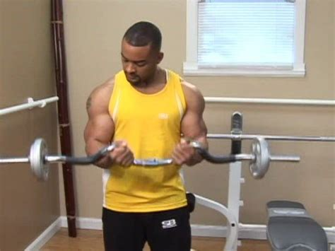 weight lifting exercises weight lifting exercises ez bar narrow grip curls