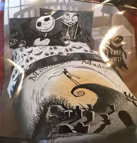 nightmare before christmas twin comforter set 1000 images about funky bedding on pinterest sheet sets