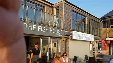 the 10 best restaurants near fistral newquay