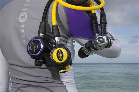 dive regulators top 10 best scuba regulators of 2018 the adventure junkies