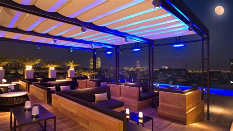 Roof Top Bars by 5 Best Rooftop Bars In Barcelona Linguaschools Barcelona