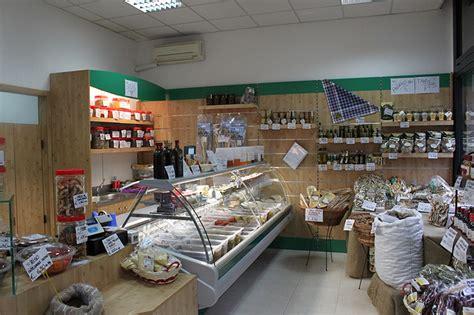 arredamento alimentari arredamento negozio alimentare arredo fungaio
