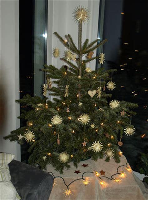 weihnachtsbaum strohsterne anke strohsterne