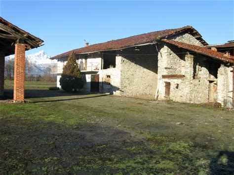 buy a house in italy italy country house italy country life italy farm house villa country house italy