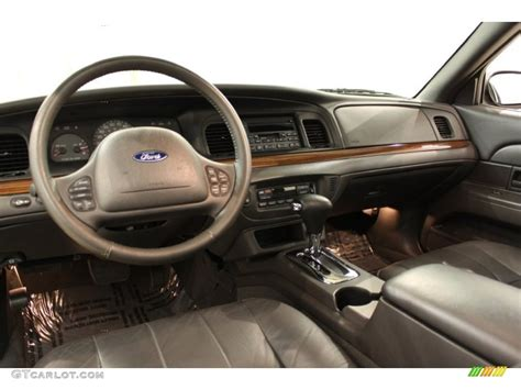 2004 Crown Interior by 2004 Ford Crown Lx Charcoal Dashboard Photo