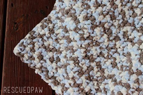 crochet pattern using bernat blanket yarn crochet baby blanket pattern sea soft rescued paw