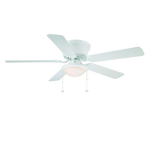 white hugger ceiling fan with light hton bay hugger 52 ceiling fan white flush mount low