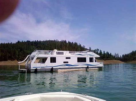 lake shasta boat house lake shasta house boat 28 images antlers resort marina genesis houseboat details