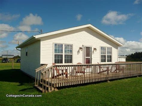 cottage rentals pei sea glass cottage summerside cottage rental di 16265