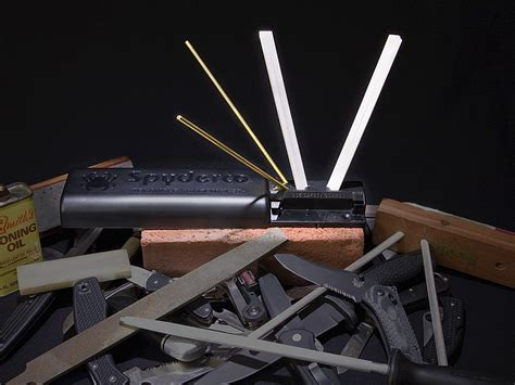 spyderco triangle sharpmaker spyderco sharpmaker 204mf woodsmonkey
