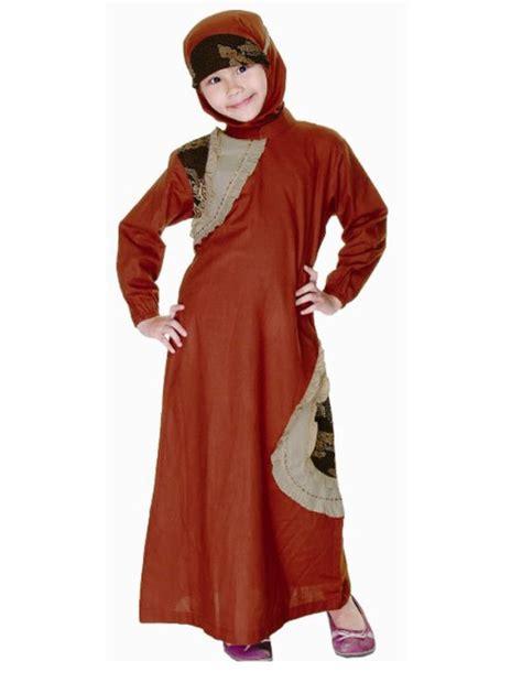 Busana Trendy kenalkan busana muslim pada anak sejak dini was was