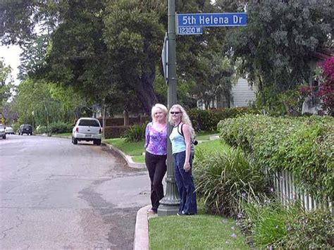 12305 fifth helena drive brentwood went to see marilyn s brentwood home at 12305 5th helena