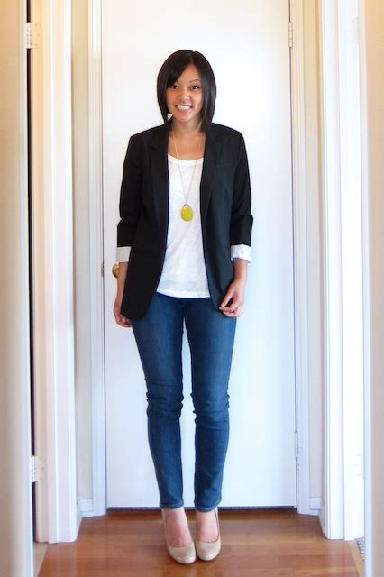 Style Ideas How To Wear Those Black Second City Style Fashion by How To Style A White White Tees Clothes And Blazers