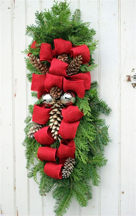 how to make a christmas swag christmas outdoor