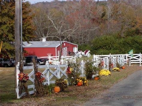 wedding cake rock parking alda s magnolia hill rock ar wedding venue