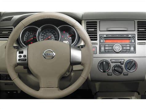 nissan tiida hatchback interior nissan tiida hatchback tekna 2013